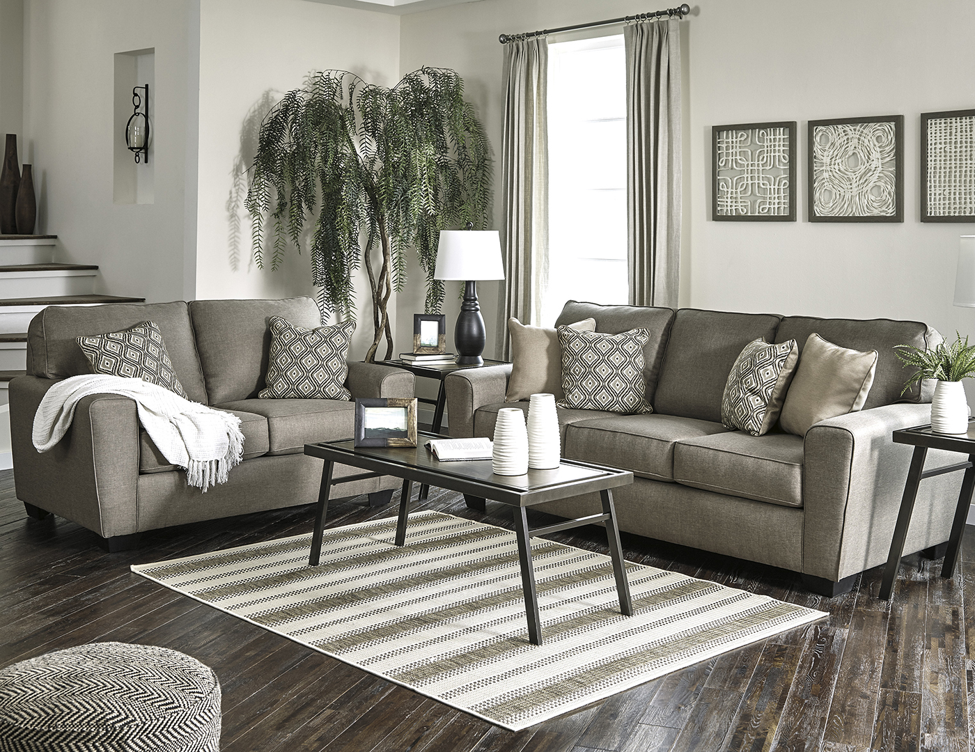 Merveilleux Riley Sofa And Loveseat
