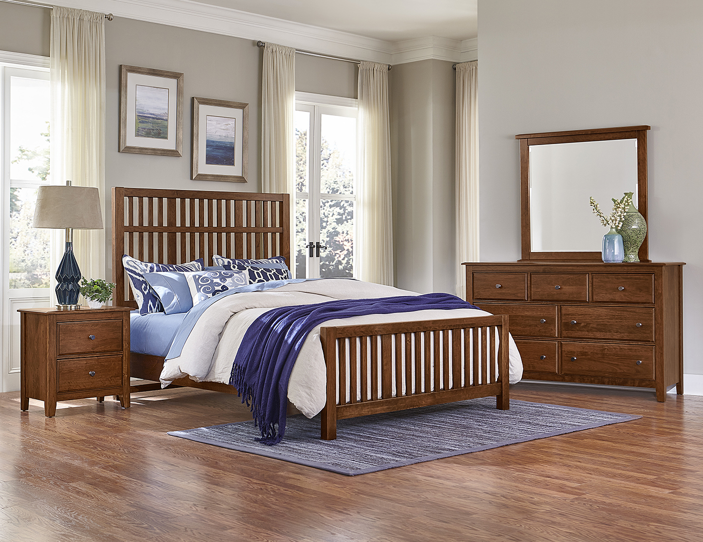 Artisan Choices Queen Craftsman Bed