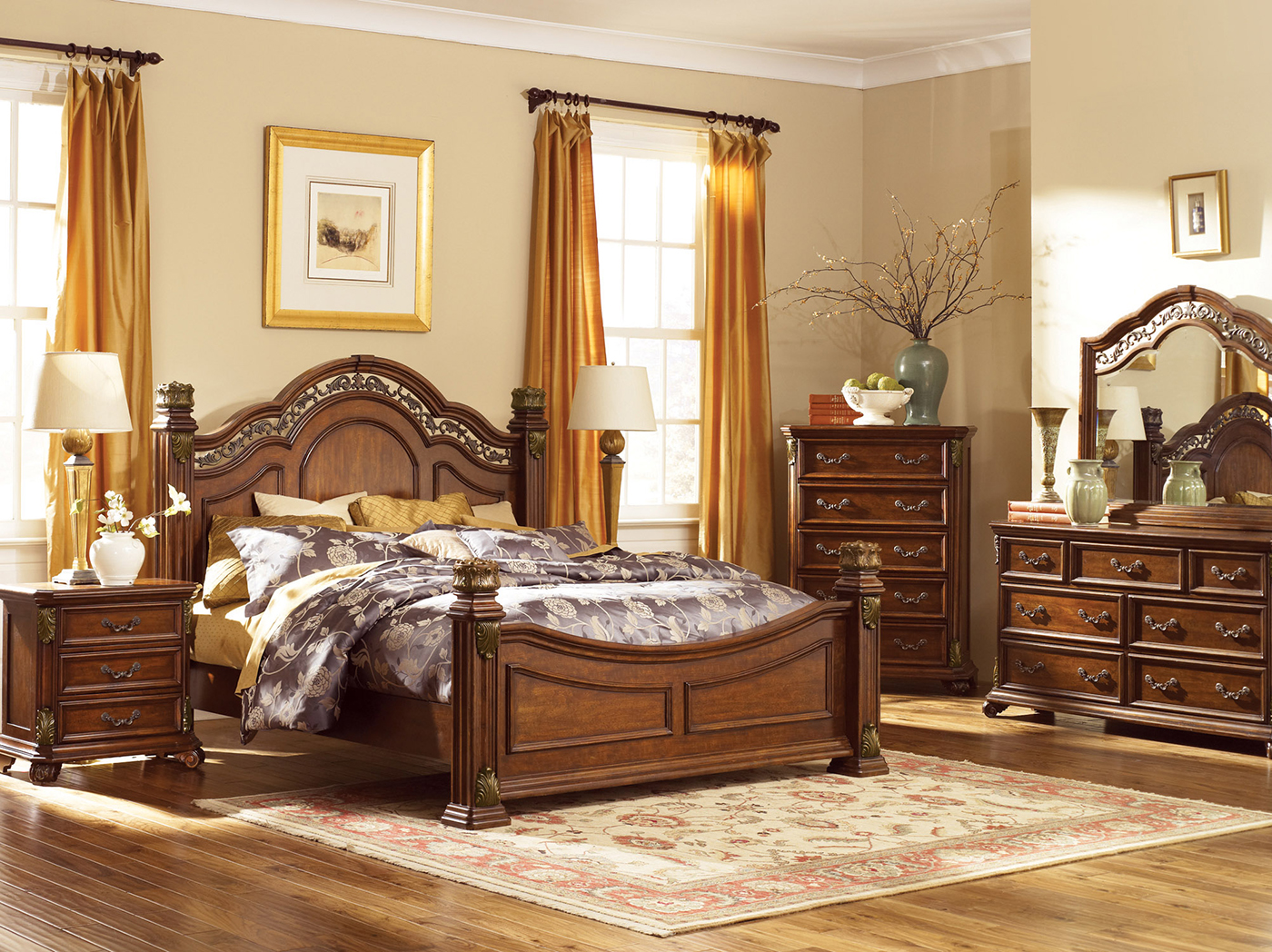 Messina Queen Poster Bed