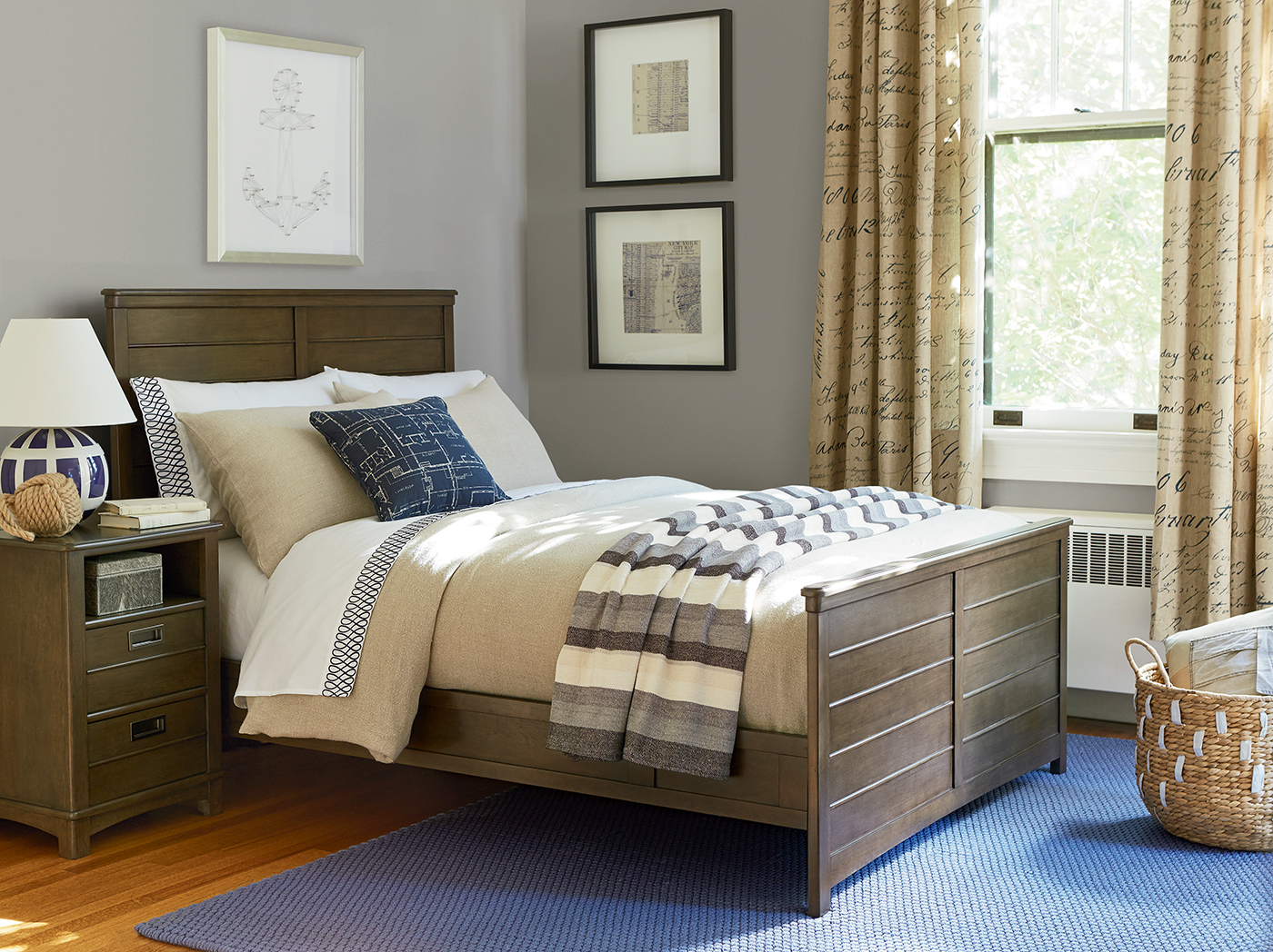 Varsity Full Reading Bed