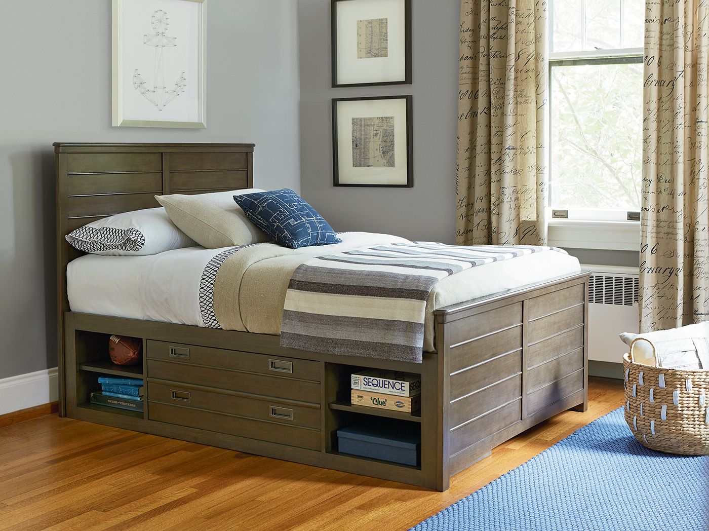 Varsity Full Storage Reading Bed