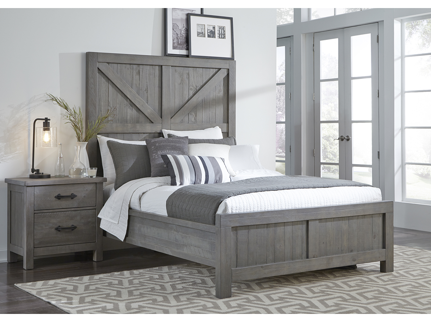 Taryn Queen Panel Bed