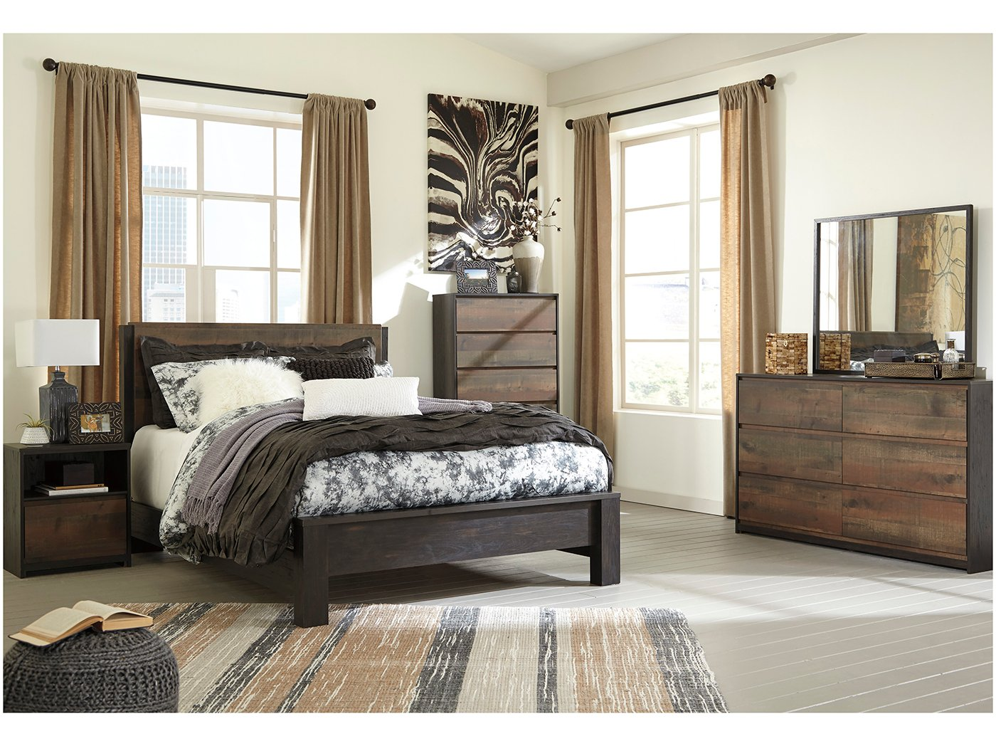 Windlore 5-pc. Queen Bedroom Set