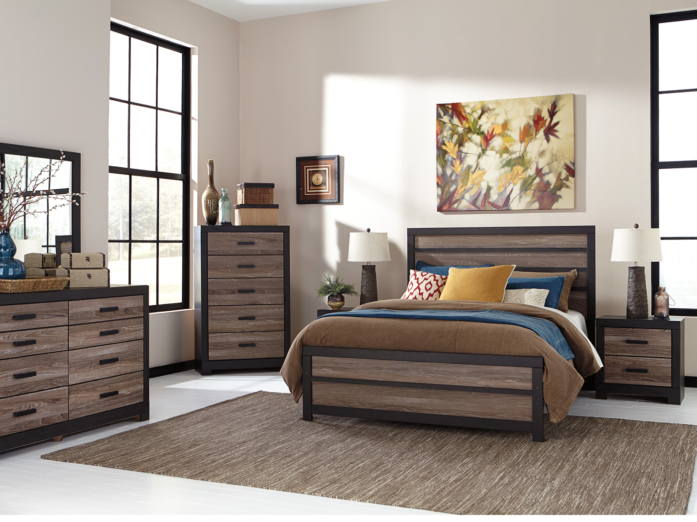 Harlinton Queen Panel Bed