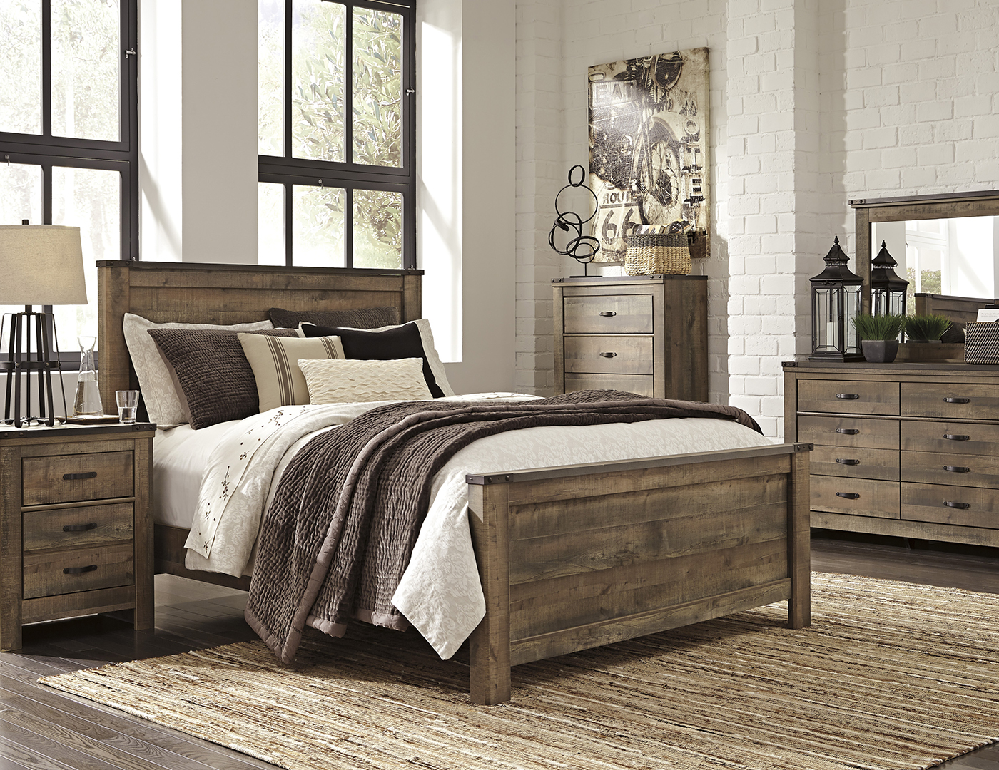 Trinell Queen Panel Bed Steinhafels