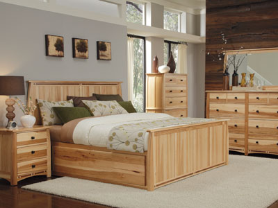Hickory Ridge Queen Storage Bed