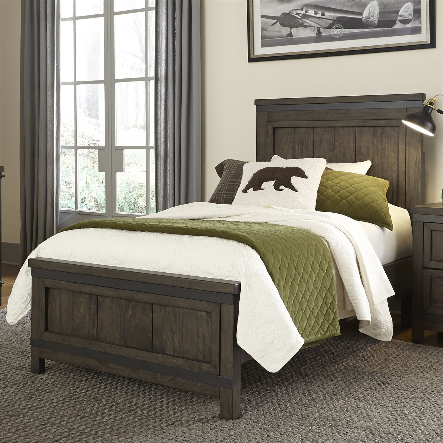 Thornwood Full Panel Bed