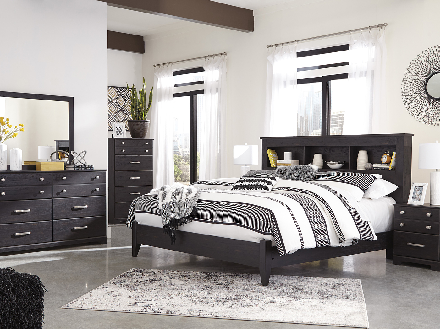 Reylow 3-pc. King Bedroom Set