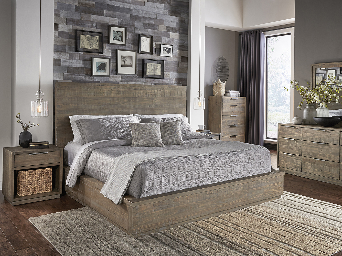 Gray's Harbor King Panel Bed