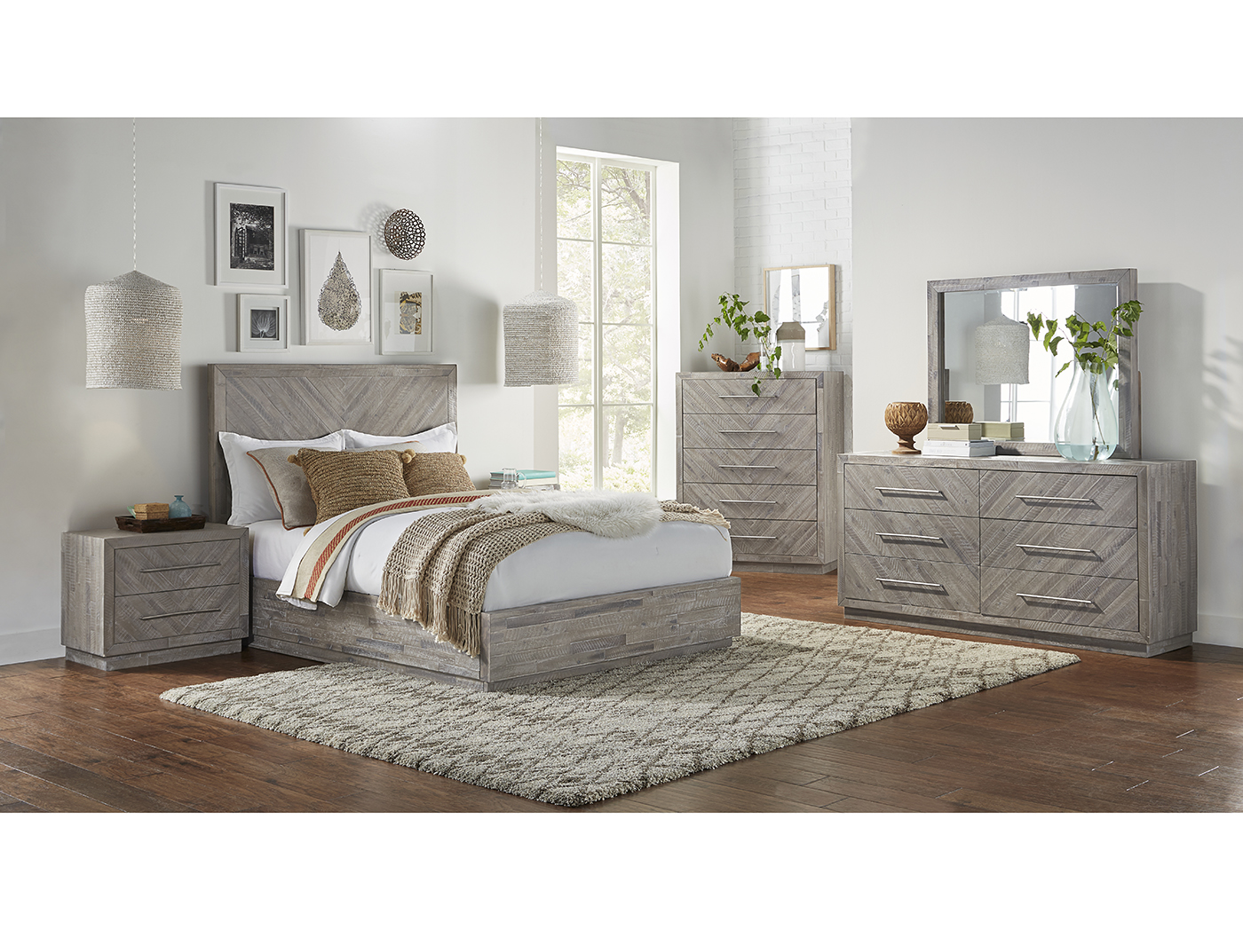 Alexandra King Platform Bed