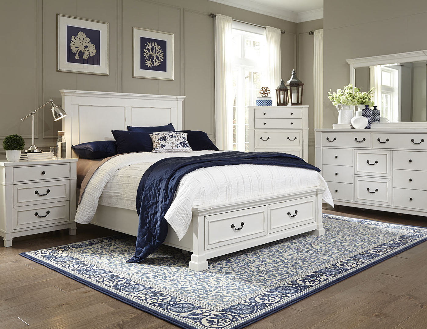 Williamson King Storage Bed