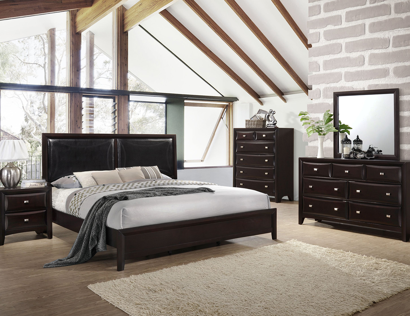 River 5 Pc. Queen Bedroom Set