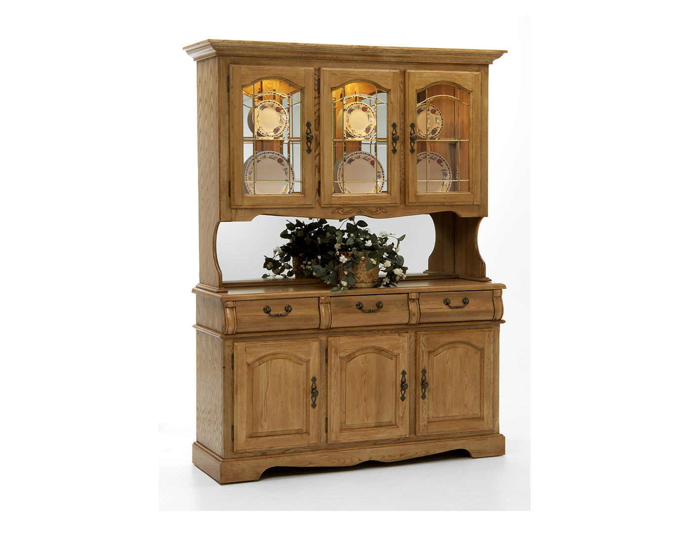 Trestle Oak Buffet and Hutch