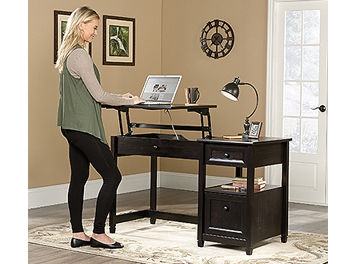 Edge Water Manual Adjustable Height Desk