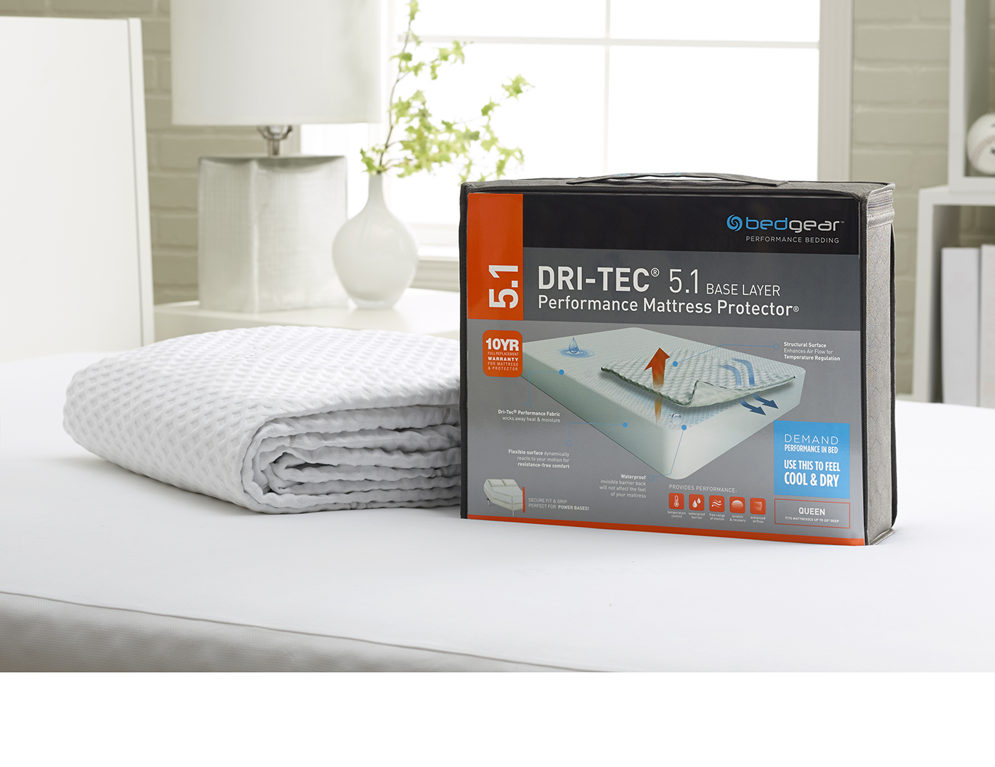 bedgear 5.1 Dri-Tec Moisture Wicking Queen Mattress Protector